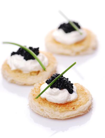 Classic Osetra Caviar (1kg Caviar Tin- 2.2lbs-35oz)